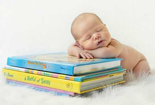 JK Rowling Buku dan Bayi 04 Finansialku.jpg