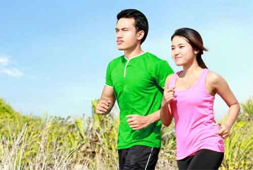 Mau Tahu 20 Ide Kencan Bersama Pasangan Agar Tidak Mengganggu Dana Pernikahan 01 Olahraga - Finansialku