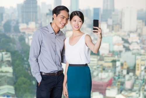 Mau Tahu 20 Ide Kencan Bersama Pasangan Agar Tidak Mengganggu Dana Pernikahan 04 Jalan-jalan di Kota - Finansialku
