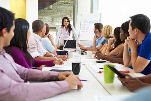 Trik Jadi Pemimpin yang Baik, Disegani dan Disukai Karyawan 01 - Finansialku