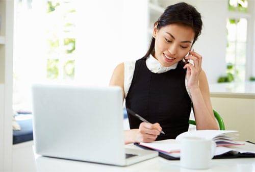 pekerja part time di rumah wanita freelance finansialku