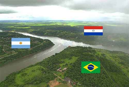 15 Daerah Perbatasan Terunik di Luar Negeri 06 - Finansialku