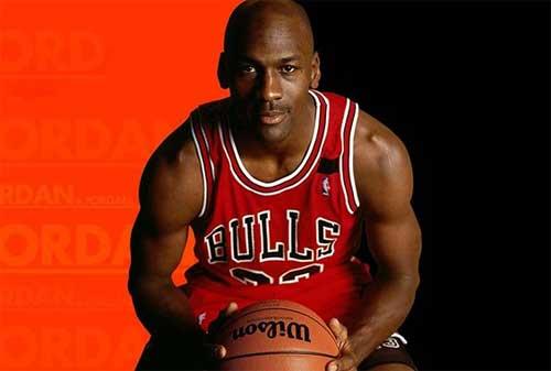 70 Kata-kata Mutiara Michael Jordan yang Penuh Inspirasi 05 - Finansialku