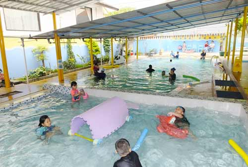 Anak-Air-Swim-School-3-Finansialku
