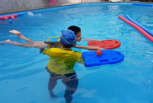 Anak-Air-Swim-School-5-Finansialku