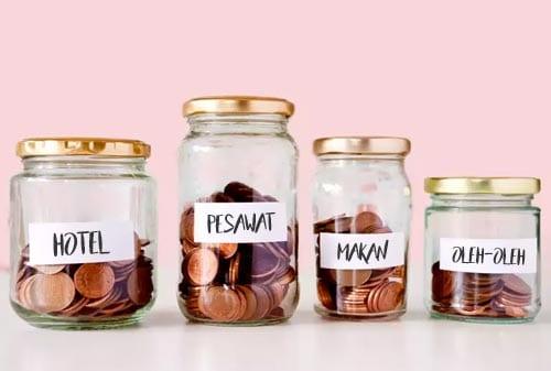Cara-Menghemat-Uang-Makan-saat-Liburan-1-Finansialku