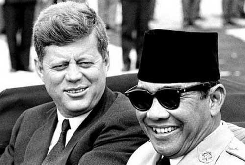 Kata Kata Mutiara Pak Soekarno, Presiden Pertama RI 05 - Finansialku