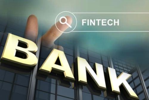 Perkembangan Fintech Ancam Bank Menengah dan Kecil di Indonesia