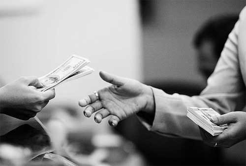 4 Masalah Keuangan yang Jika Diteruskan Dapat Berakhir dengan Gugatan Cerai 02 - Finansialku