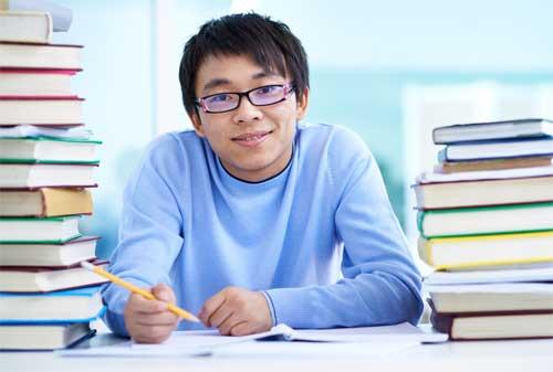 5 Manajemen Keuangan Anak Kost 01 Mahasiswa Belajar - Finansialku