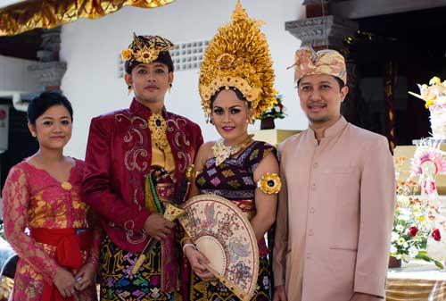 7-Pernikahan-Adat-yang-Paling-Mahal-6-Bali-Finansialku