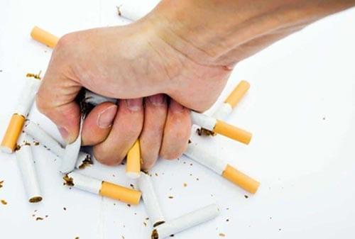 8 Tips Jitu Asuransi-Jiwa-Murah-3-hidup-sehat-tanpa-rokok-Finansialku