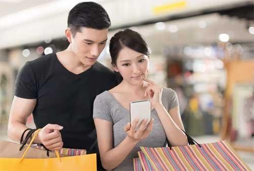 8 Tips Menghemat Uang Bulanan Untuk Pasangan Muda yang Baru Menikah 01 - Finansialku