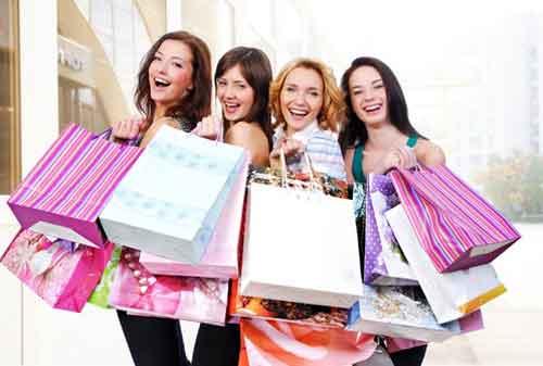 Cara Membantu Teman Shopaholic: Mengerem Kebiasaan Belanja Impulsif