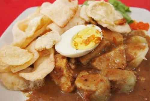 Kuliner Surabaya 09 Gado Gado Arjuna - Finansialku