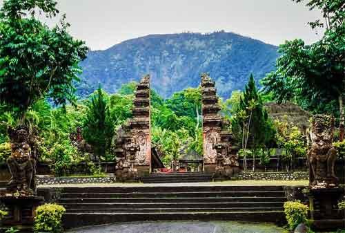 Paket Wisata Bali 10 Pura Luhur Batukaru - Finansialku