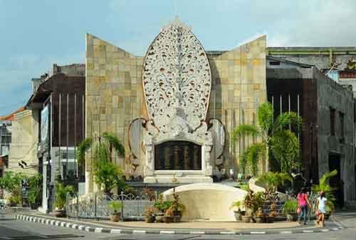 Paket Wisata Bali 15 Monumen Bom Bali - Finansialku