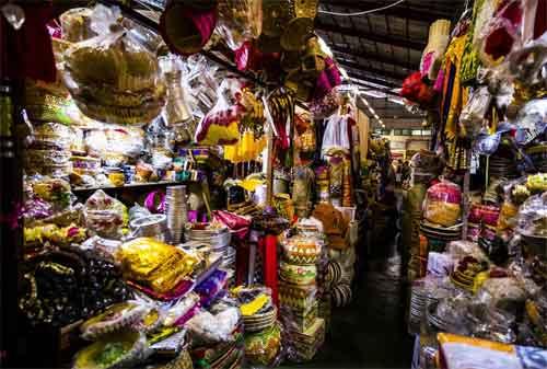 Paket Wisata Bali 21 Pasar Badung - Finansialku