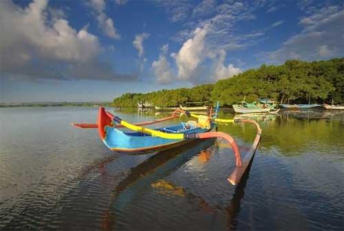Paket Wisata Bali 25 Pantai Tuban - Finansialku