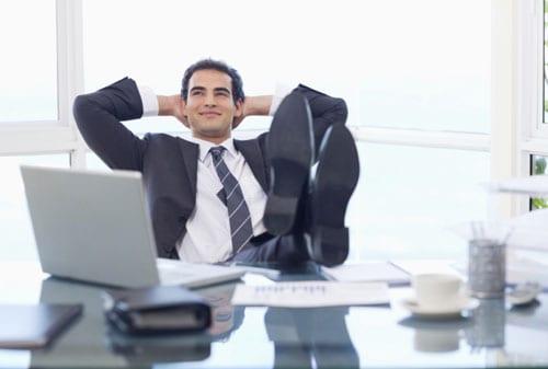 Para-Investor,-Behavioral-Finance-Pengaruhi-Keputusan-Investasi-2-Percaya-Diri-Finansialku