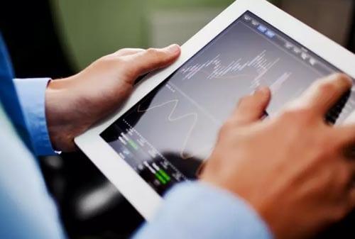 """Para Investor, Kenali """"Behavioral Finance"""" yang Dapat Mempengaruhi Anda dalam Mengambil Keputusan Investasi"""