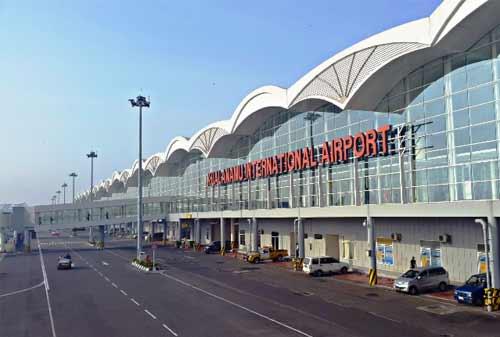 Pelabuhan-dan-Bandara-Indonesia-Investor-1-Finansialku