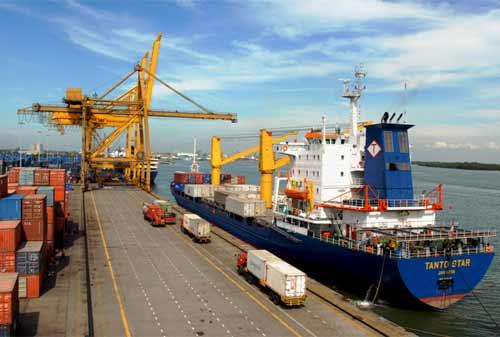 Pelabuhan-dan-Bandara-Indonesia-Investor-2-Finansialku