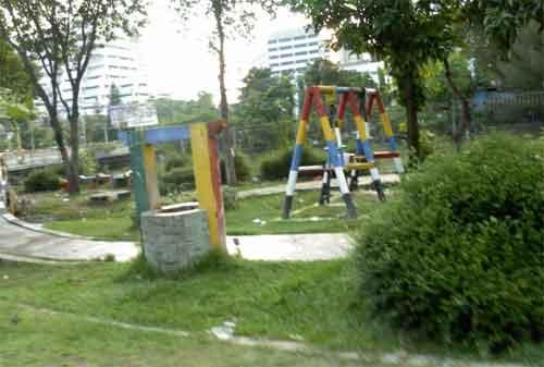 Taman di Surabaya 11 - Taman Karimun Jawa