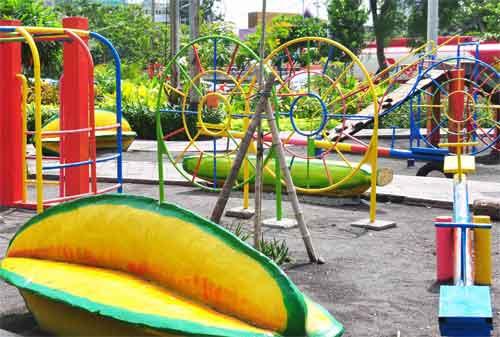 Taman di Surabaya 19 - Taman Undaan
