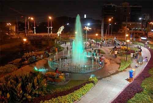 Taman di Surabaya 24 - Taman Mundu