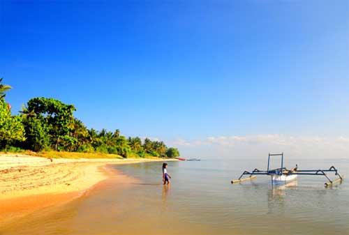 Wisata Lombok 01 Pantai Sire Medana - Finansialku