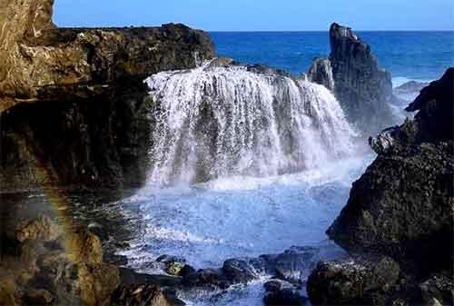 Wisata Lombok 12 Pantai Nambung - Finansialku