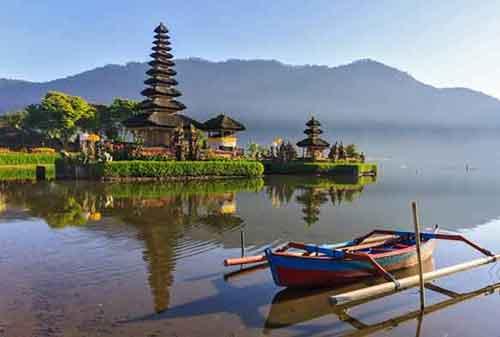 Wisata-di-Bali-11a-Pura-Ulun-Danu---Finansialku