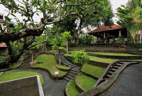 Wisata-di-Bali-15a-Museum-Puri-Lukisan---Finansialku