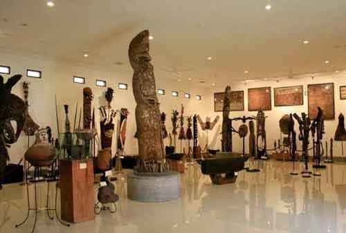 Wisata-di-Bali-16a-Museum-Pasifika---Finansialku