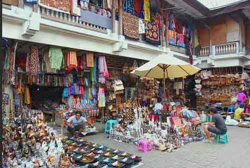 Wisata-di-Bali-20a-Pasar-Sukowati---Finansialku