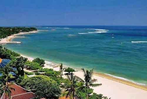 Wisata-di-Bali-25a-Pantai-Seminyak---Finansialku