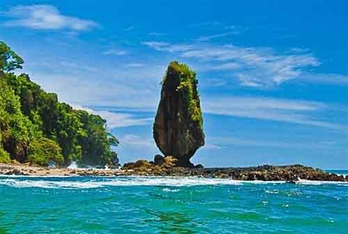 Wisata di Lombok 05 Batu Layar - Finansialku