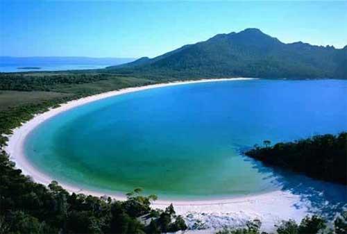 Wisata di Lombok 11 Pantai Selong Belanak - Finansialku