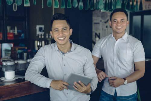 10-Kiat-Sukses-Berbisnis-Dengan-Teman-1-Finansialku