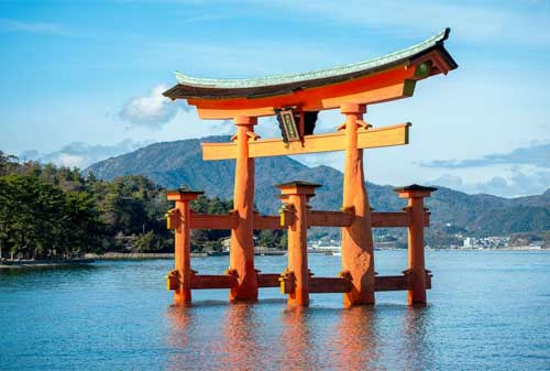 15-The-Great-Torii-of-Miyajima-Finansialku