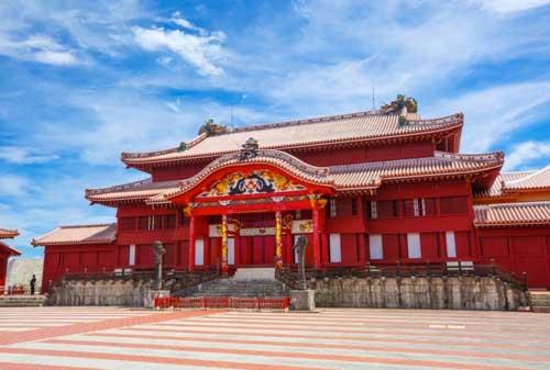 26-Shuri-Castle-Finansialku