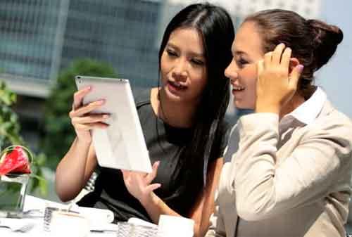 Apakah Gaya Berinvestasi Pria dan Gaya Berinvestasi Wanita Berbeda 03 Karyawan - Finansialku