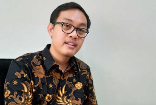 Ekonom Di Indonesia, Bank Bisa Ikuti Sistem Fintech 02 - Finansialku