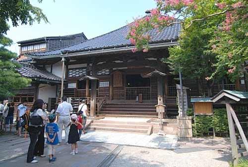 Myoryuji-Ninja-Temple-25-Finansialku