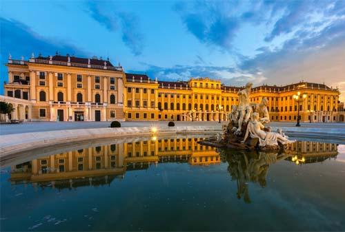 Schonbrunn-Palace-8