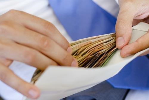 Serba-serbi-Anggaran-Keuangan-Karyawan-Uang Amplop-2-Finansialku