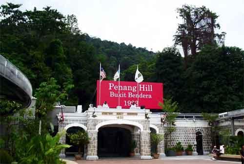 Tempat Wisata di Malaysia 16 Bukit Bendera - Finansialku