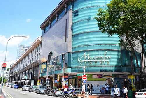 Tempat Wisata di Singapura 20 Mustafa Centre Jewelry - Finansialku