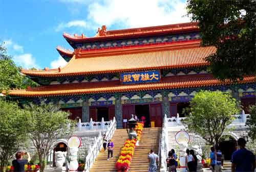 Wisata Hong Kong 05 Po Lin Monastery - Finansialku
